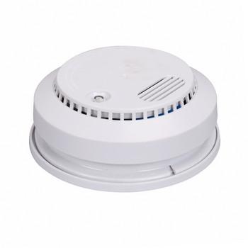 Детектор за дим модел  DC9V подходящ за домашна употреба, офиси,хотели  с гласова аларма в бял цвят