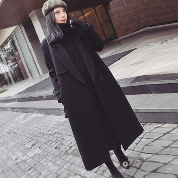 Μακρύ μαύρο γυναικείο παλτό με μεγέθη μέχρι 2XL
