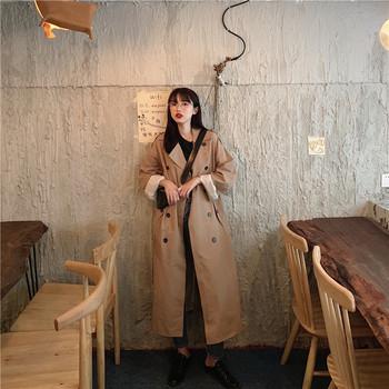Дамско дълго тънко палто в кафяв цвят
