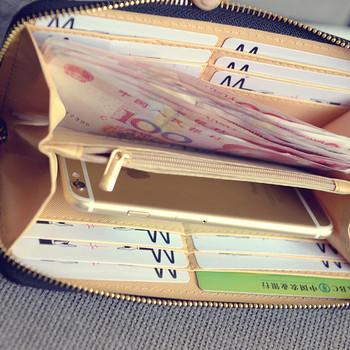 Γυναικείο πορτοφόλι σε οικολογικό δέρμα σε διαφορετικά χρώματα