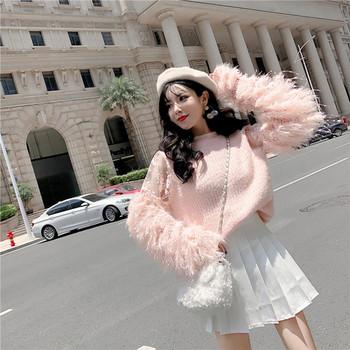 Дамски зимен пуловер широк модел в бял и розов цвят