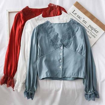 Модерна дамска риза в няколко цвята с дантела и V-образно деколте