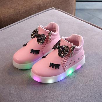 Μοντέρνα παιδικά παπούτσια για κορίτσια σε τέσσερα χρώματα με πέτρες και κορδέλα