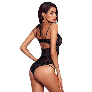 Модерно  дамско боди с дантела в черен цвят
