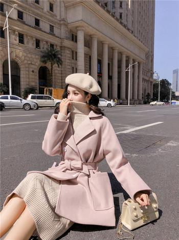 Дамско късо палто с копчета и връзки на талията в син и розов цвят