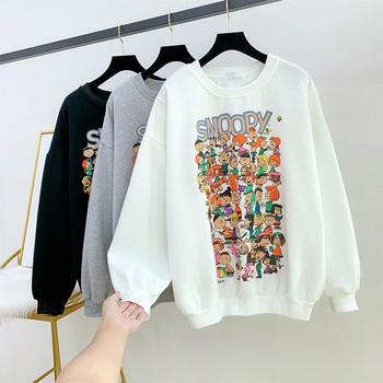 Модерна дамска блуза с апликация и обло деколте в три цвята