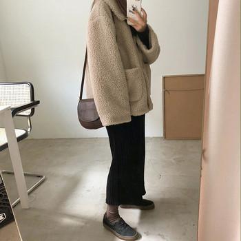 Дамско пухено зимно палто  с джобове и копчета