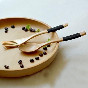 Комплект от дървена вилица и лъжица за многократна употреба