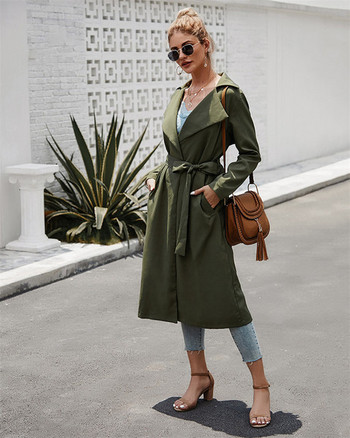 Дълго тънко пролетно-есенно палто в зелен цвят