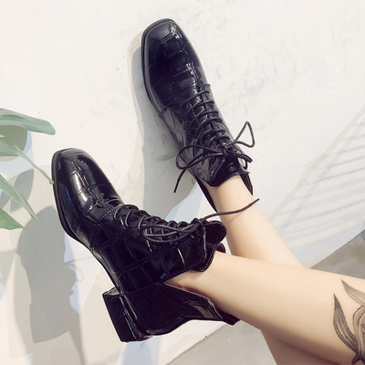 Стилни дамски боти с дебел ток и връзки в черен цвят -два модела