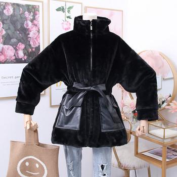 Нов модел модерно дамско палто с джобове и колан в черен,бял и кафяв цвят