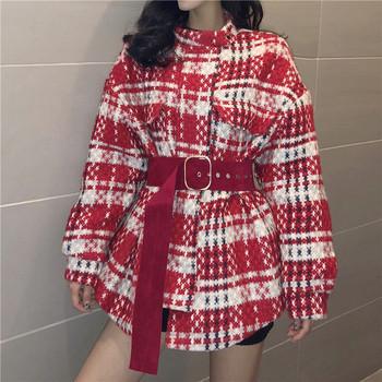 Стилно дамско карирано палто с колан в червен,черен и жълт цвят