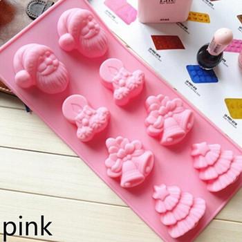 Силиконова форма за печене на осем коледни сладки в розов цвят