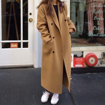 Дамско модерно палто с копчета широк модел в два цвята