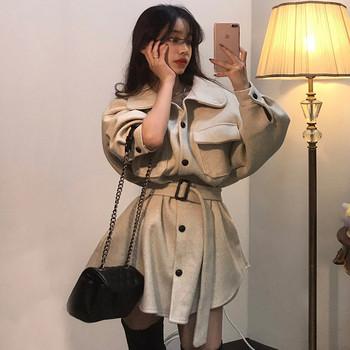 Нов модел дамско палто с колан на талията и големи джобове в два цвята