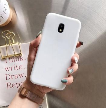 Изчистен силиконов калъф за Samsung Galaxy J7 в бял цвят