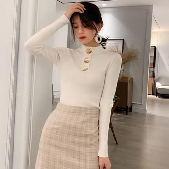 Дамска вталена блуза с копчета в  няколко цвята