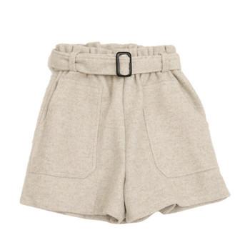 Къси дамски панталони в четири цвята с джобове и колан