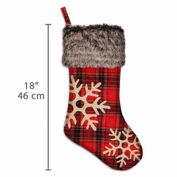 Комплект от 4 броя карирани коледни чорапи с шлифовани снежинки