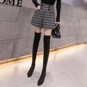 Къси дамски панталони широк модел в черен цвят с висока талия