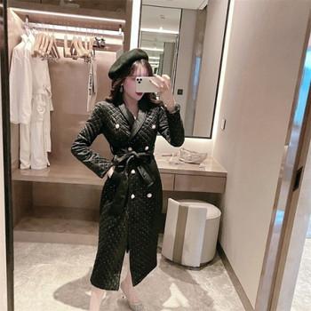 Елегантно дълго палто от кадифе с колан и копчета