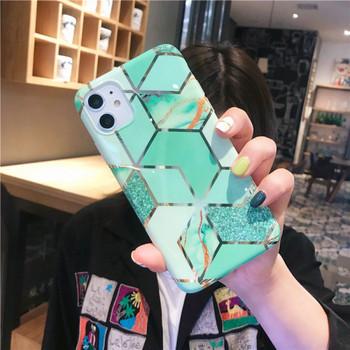 НОВ модел калъф за Iphone 11 в зелен и розов цвят