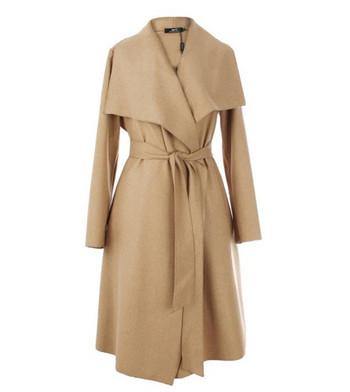 Актуално дамско палто широк модел с колан на талията в няколко цвята