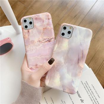 Силиконов калъф с мраморен ефект в розов цвят за  Iphone 11 Pro - два модела