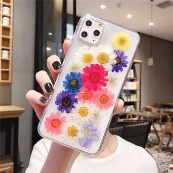 Силиконов калъф с флорален десен  в бял и черен цвят за   Iphone 11 Pro Max