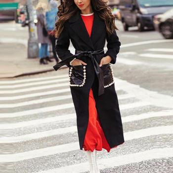 Дълго дамско палто с кожен колан и джобове с елемент перли