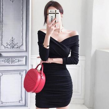 Модерна дамска рокля Slim модел с V-образно деколте