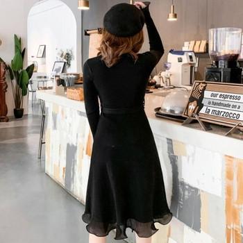 Дамска ежедневна плетена рокля в черен и жълт цвят с къдри и колан
