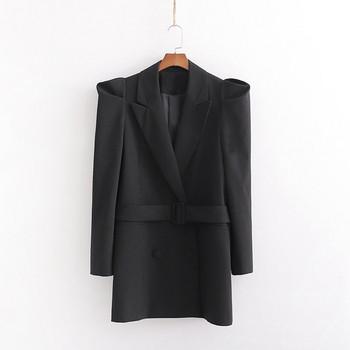 Μοντέρνο σακάκι φθινοπωρινό σε μαύρο χρώμα με βολάν μανίκι, βαθύ λαιμόκοψη και ζώνη