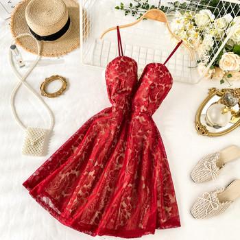 ХИТ Нов модел дамска дантелена рокля с V-образно деколте и тънки презрамки