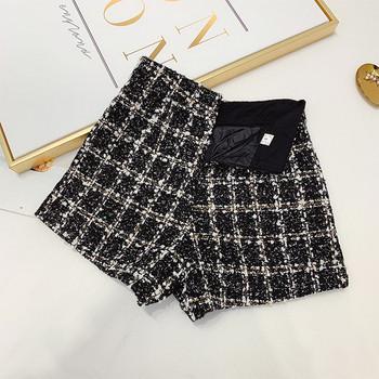 Къси дамски панталони от туид с висока талия и елемент перли в черен и бежов цвят