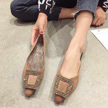 Дамски ежедневни обувки заострен модел от еко велур с метална катарама с камъни в кафяв и черен цвят