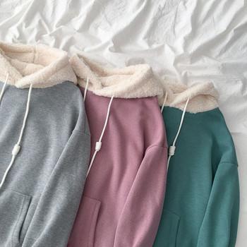 Дамски суичър с качулка и джоб в сив,зелен и лилав цвят