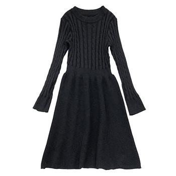 Ежедневна дамска рокля в бял,черен и бежов цвят с дълъг ръкав и обло деколте