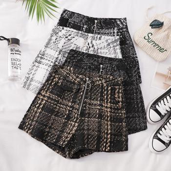 Къси дамски панталони широк модел с цип и висока талия