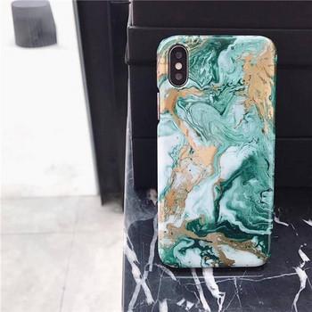 Силиконов калъф с мраморен ефект за Iphone XS в черен и зелен цвят