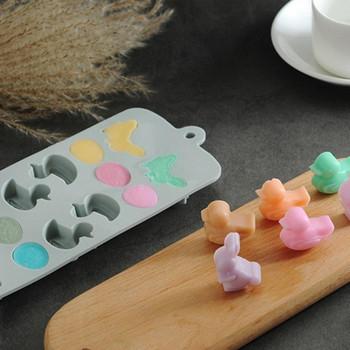 Великденска силиконова форма за бонбони и сладки във формата на зайчета,яйца и патета